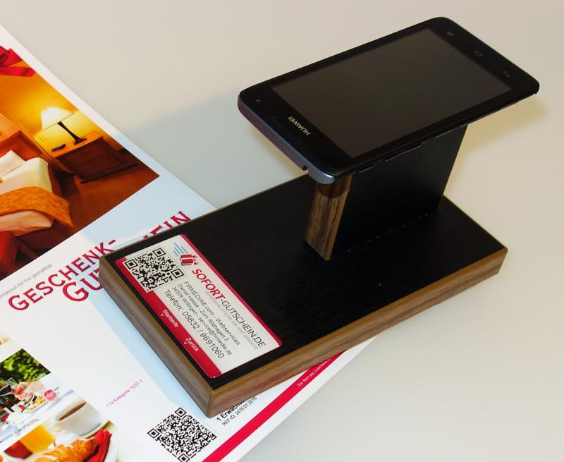 SOFORT-Gutschein Terminal mit Smartphone